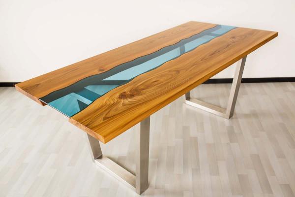 Bunter Esstisch aus Massivholz Ulme + Edelstahlbeine